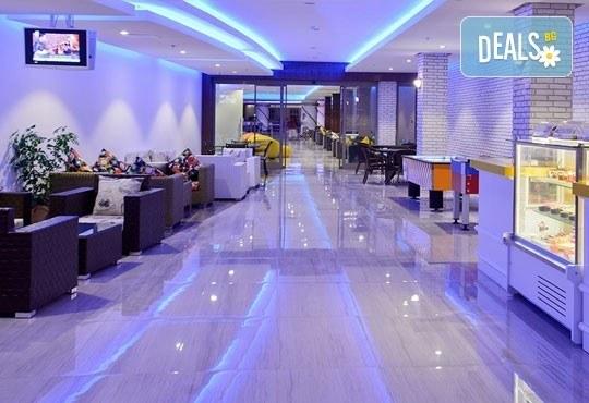 Почивка в Анталия, самолетна програма, септември - 7 нощувки на база Ultra All Inclusive в Raymar Hotel 5*, билет, летищни такси и трансфери! - Снимка 7