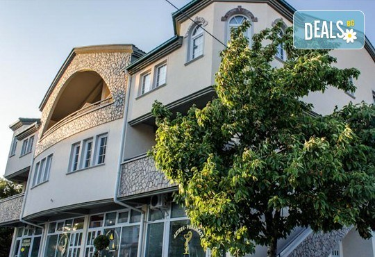 Почивка в Охрид през септември! Наем на апартамент във Вила Колевски, 5 нощувки на човек, собствен транспорт - Снимка 4