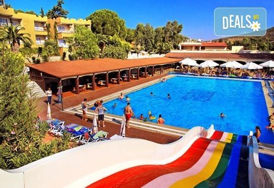 Почивка в Кушадъсъ, през септември, с Belprego Travel ! 7 нощувки All Inclusive, в хотел Pigale Beach Resort 3* и възможност за транспорт! - Снимка 3