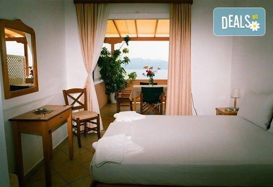Почивка през септември в хотел Sofia 2*, о. Лефкада! 3 нощувки с 3 закуски, транспорт и екскурзовод! - Снимка 5