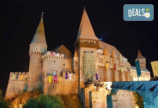 Halloween в Румъния, в земята на граф Дракула, с Бамби М Тур! 2 нощувки със закуски, хотел 4* в Брашов, транспорт и програма! - Снимка 3
