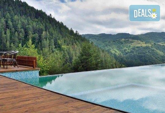 Празнична разходка до Македония през септември! 1 нощувка със закуска и вечеря в хотел Aurora Resort & SPA 5* в Берово, транспорт и програма - Снимка 3