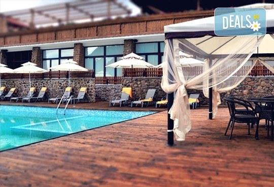 Празнична разходка до Македония през септември! 1 нощувка със закуска и вечеря в хотел Aurora Resort & SPA 5* в Берово, транспорт и програма - Снимка 6
