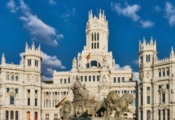 Самолетна екскурзия до Мадрид, период по избор: 3 нощувки със закуски, билет, трансфери