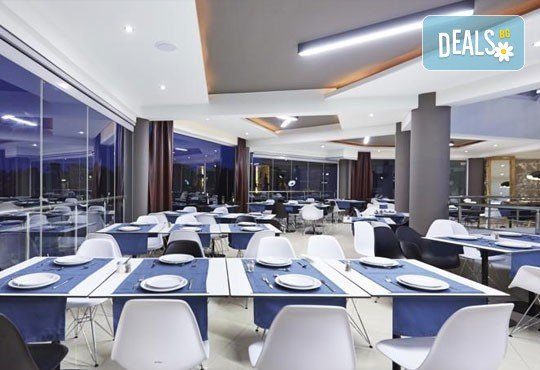 Изпратете лятото с почивка в Hotel Blue Dream Palace 4*, о. Тасос, през октомври! 2 нощувки със закуски и транспорт! - Снимка 7