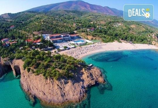 Изпратете лятото с почивка в Hotel Blue Dream Palace 4*, о. Тасос, през октомври! 2 нощувки със закуски и транспорт! - Снимка 17