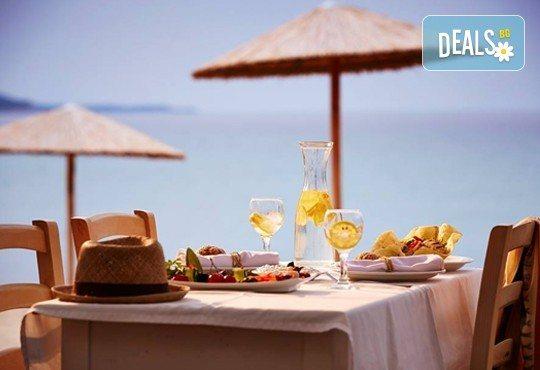 Последни слънчеви лъчи и топло море през октомври на о. Тасос! Почивка в Hotel Blue Dream Palace Thassos 4*: 3 нощувки със закуски, 1 вечеря и транспорт! - Снимка 6