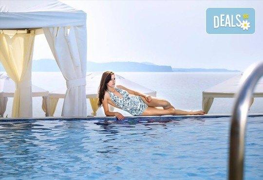 Последни слънчеви лъчи и топло море през октомври на о. Тасос! Почивка в Hotel Blue Dream Palace Thassos 4*: 3 нощувки със закуски, 1 вечеря и транспорт! - Снимка 15