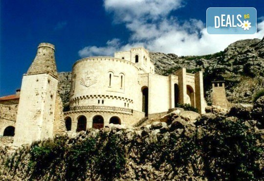 Екскурзия до Албания и Македония, с Алиса Турс! 3 нощувки със закуски и вечери, хотели 2/3* в Охрид и Дуръс, транспорт и богата програма! - Снимка 4