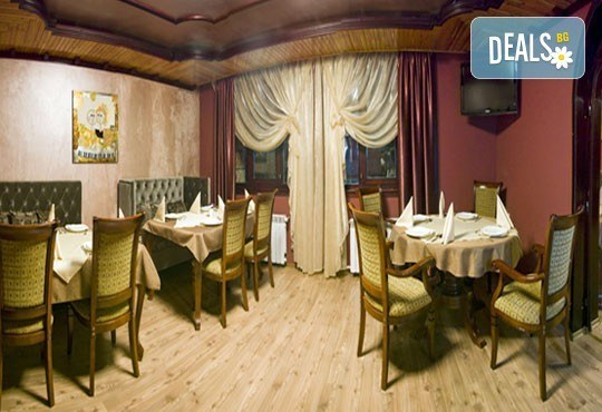 СПА и релакс до средата на септември във Велинград! Нощувка със закуска и вечеря в луксозна тематична стая с джакузи и Wellness пакет в Спа хотел Хевън 4*! - Снимка 11