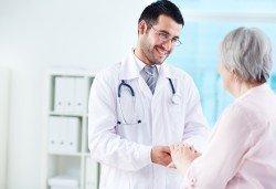 Консултация с ендокринолог с оглед профилактика на остеопорозата и ранна диагностика на проблема в МЦ Медкрос! - Снимка