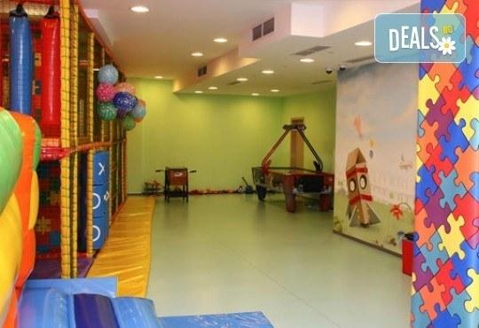 Детски рожден ден за 10 деца - в зала, с много игри, рисунки на лице, подаръци и аниматори от Детски клуб Евърленд! - Снимка 5