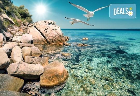 Септемврийски празници на остров Тасос, Гърция! 2 нощувки със закуски, транспорт, разходка в Кавала и Драма! - Снимка 1