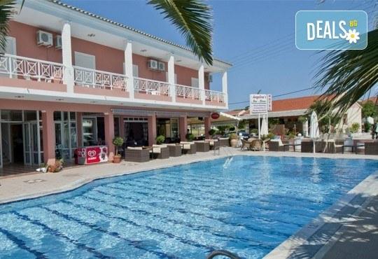 Почивка през септември на о. Корфу, Гърция: 3 нощувки със закуски в Angelina Hotel & Apartments, транспорт и водач, нощен преход на отиване! - Снимка 1
