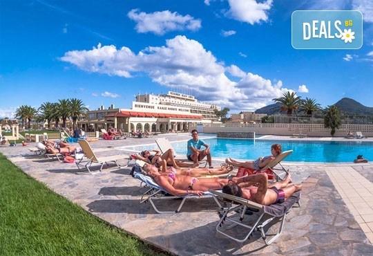 Септемврийска почивка на о. Корфу, Гърция: 3 нощувки All Inclusive в Messonghi Beach Holiday Resort, транспорт и водач, нощен преход на отиване! - Снимка 4