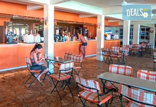 Септемврийска почивка на о. Корфу, Гърция: 3 нощувки All Inclusive в Messonghi Beach Holiday Resort, транспорт и водач, нощен преход на отиване! - Снимка 9