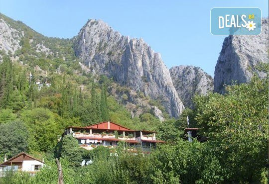Почивка и топли минерални извори в Гърция! 2/3/5 нощувки със закуски в Алмопия 3*, Лутраки! - Снимка 2
