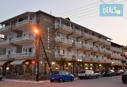Мини почивка в Солун и Паралия Катерини, с Вени Травел! 3 нощувки със закуски в хотел Аtlantis 3*, панорамен тур в Солун и транспорт! - Снимка 8