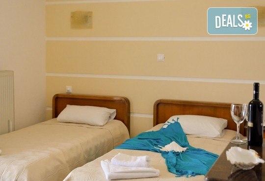Мини почивка в Солун и Паралия Катерини, с Вени Травел! 3 нощувки със закуски в хотел Аtlantis 3*, панорамен тур в Солун и транспорт! - Снимка 9