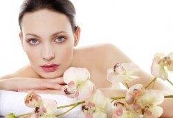 Почистване на лице в 13 стъпки с българска козметика по френски патент и терапия за лице с ампула от салон Relax beauty - Снимка