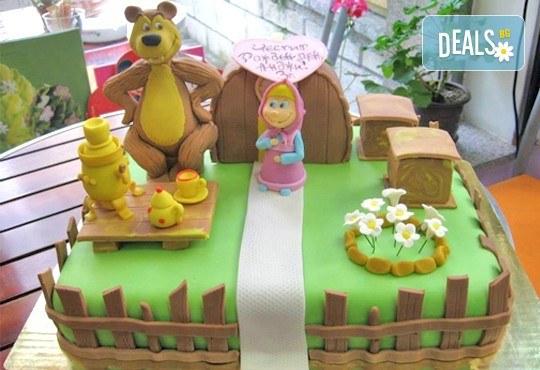 3D торта с любими на децата герои от филмчета по дизайн на Сладкарница Орхидея! - Снимка 1
