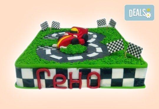 За момчетата! 3D торта с герои от филми по дизайн на Сладкарница Орхидея! - Снимка 1