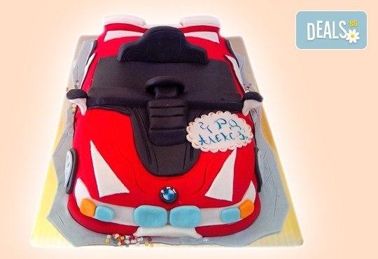 За момчетата! 3D торта с герои от филми по дизайн на Сладкарница Орхидея! - Снимка 2