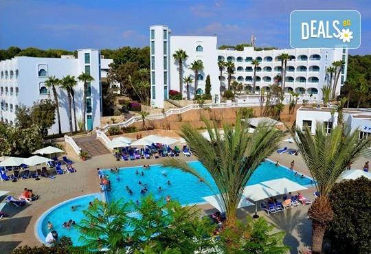 Super last minute промоция за почивка в Мароко само за 06-13.09.16г.! 7 нощувки, закуска и вечеря в хотел Blue Sea Le Tivoli 4*, Агадир, двупосочен билет, летищни такси и трансфери! - Снимка 3