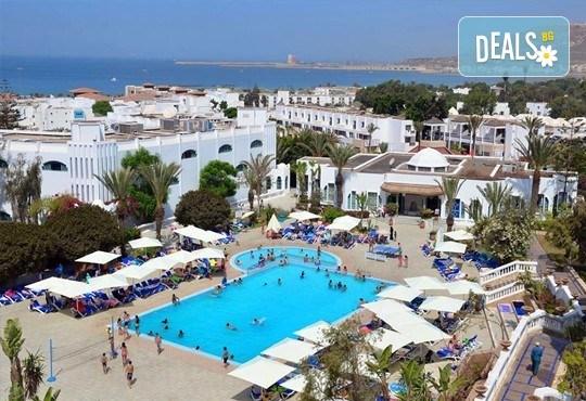 Super last minute промоция за почивка в Мароко само за 06-13.09.16г.! 7 нощувки, закуска и вечеря в хотел Blue Sea Le Tivoli 4*, Агадир, двупосочен билет, летищни такси и трансфери! - Снимка 5