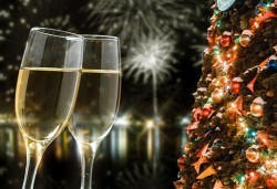 За Нова година на о. Лефкада, Гърция! Nirikos 3*, 3 нощувки със закуски и вечери от България Травъл - Снимка
