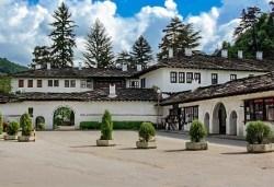 1 ден през октомври до Троянски манастир и Орешака: транспорт и екскурзовод