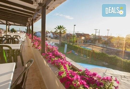 Почивка през септември на Халкидики, Гърция! 5 нощувки на база All Inclusive в Bellagio Hotel 3*, Касандра, от Теско Груп! - Снимка 7
