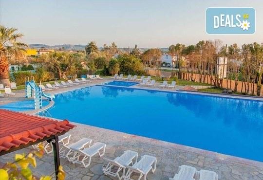 Почивка през септември на Халкидики, Гърция! 5 нощувки на база All Inclusive в Bellagio Hotel 3*, Касандра, от Теско Груп! - Снимка 11
