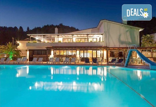 Почивка през септември на Халкидики, Гърция! 5 нощувки на база All Inclusive в Bellagio Hotel 3*, Касандра, от Теско Груп! - Снимка 12