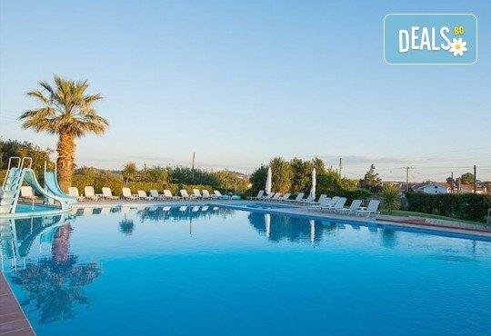 Почивка през септември на Халкидики, Гърция! 5 нощувки на база All Inclusive в Bellagio Hotel 3*, Касандра, от Теско Груп! - Снимка 1