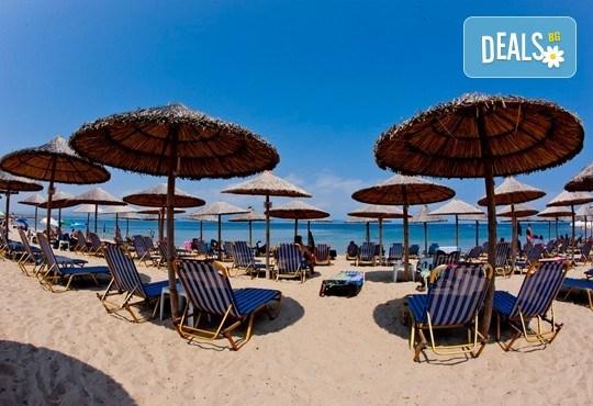 Почивка през септември в Халкидики, Гърция! 5 нощувки на база All Inclusive в Golden Beach Hotel - Apartments 2*, Неа Потидеа! - Снимка 1