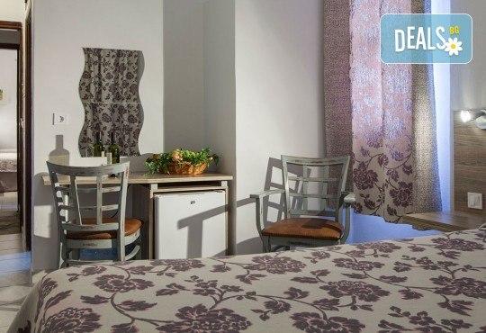 Почивка през септември в Халкидики, Гърция! 5 нощувки на база All Inclusive в Golden Beach Hotel - Apartments 2*, Неа Потидеа! - Снимка 11