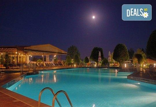 Почивка през септември на Олимпийската ривиера, Гърция, с Теско Груп! 3 нощувки на база All Inclusive в Grand Platon Hotel 4*, Pieria! - Снимка 13