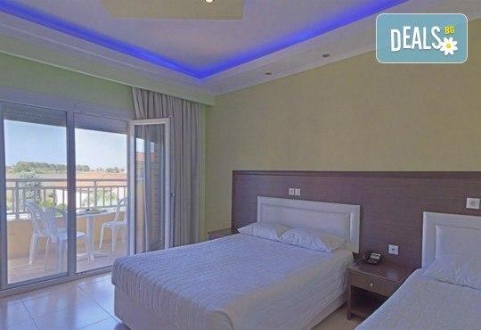 Почивка през септември на Олимпийската ривиера, Гърция, с Теско Груп! 3 нощувки на база All Inclusive в Grand Platon Hotel 4*, Pieria! - Снимка 5