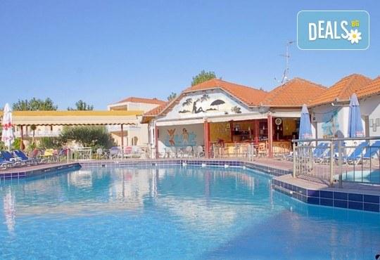 Почивка през септември на Олимпийската ривиера, Гърция, с Теско Груп! 3 нощувки на база All Inclusive в Grand Platon Hotel 4*, Pieria! - Снимка 1