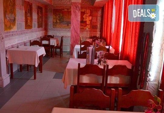 Нова година в Sokoterme Wellness Hotel 3*, Сокобаня, Сърбия! 2 нощувки със закуски и вечеря, транспорт и неограничено ползване на СПА! - Снимка 6