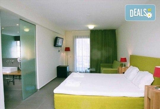 Почивка в Гърция през септември или октомври! 3 нощувки със закуски в Hanioti Village & Spa Resort 2*+, Касандра, Халкидики! - Снимка 4