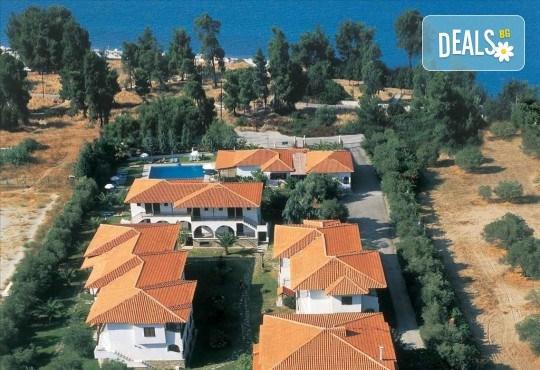 Почивка в Гърция през септември или октомври! 3 нощувки със закуски в Hanioti Village & Spa Resort 2*+, Касандра, Халкидики! - Снимка 1