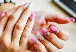За страстни жени! Ноктопластика с удължители или с изграждане + декорации в Салон Замфира - Снимка
