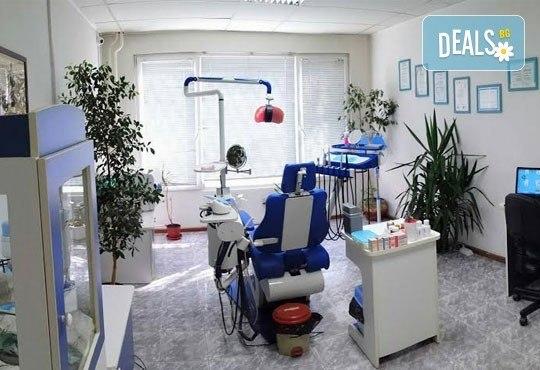 Лечение на зъбен кариес и поставяне на фотополимерна пломба с висококачествен фотополимер, преглед и план за лечение от д-р Чорбаджаков, ж.к. Дружба - Снимка 3