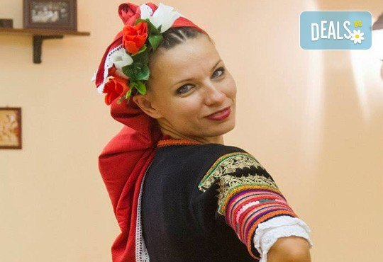 Запознайте се с автентичния български фолклор! 5 посещения на народни танци в клуб за народни танци Хороводец! - Снимка 6