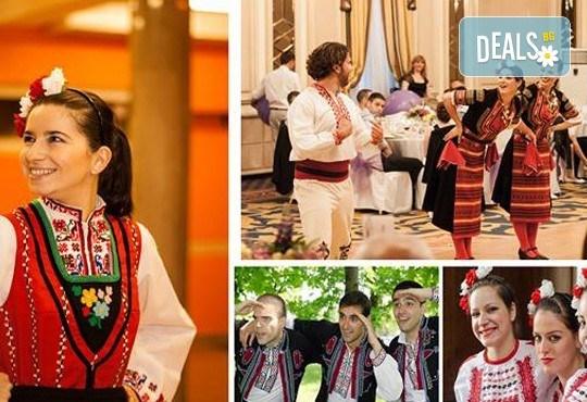 Запознайте се с автентичния български фолклор! 5 посещения на народни танци в клуб за народни танци Хороводец! - Снимка 7