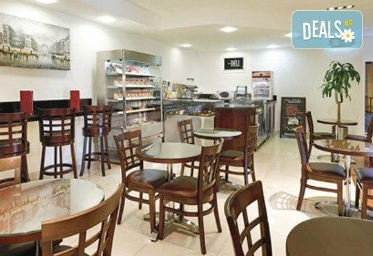 Достижим лукс в Дубай през есента! 4 нощувки със закуски в Arabian Park 3* и панорамен тур на Дубай, самолетен билет, такси и трансфер! - Снимка 10