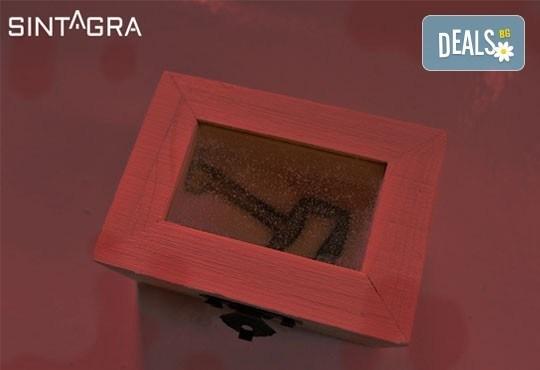 Покачете адреналина си с вълнуващата игра Синтагра: Капанът на серийния убиец! Разплетете загадката в Sintagra Escape Rooms! - Снимка 5