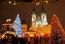 Посетете Прага и Братислава в навечерието на Коледа! 3 нощувки със закуски в хотел 3* и транспорт от Запрянов травел! - Снимка